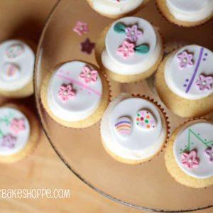 Pemberley Bake Shoppe's Easter Cupcake Toppers