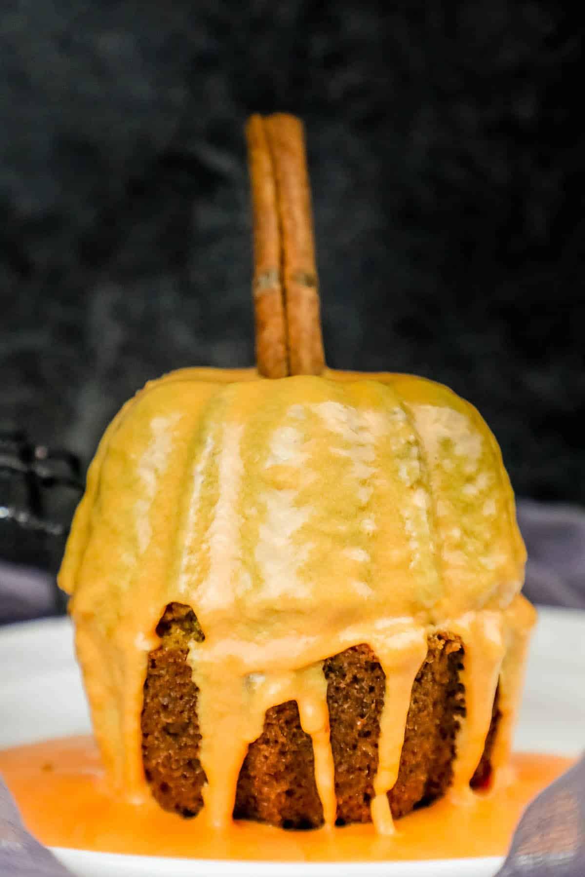 pumpkin bread mini pumpkins bunt cake halloween party decor recipe