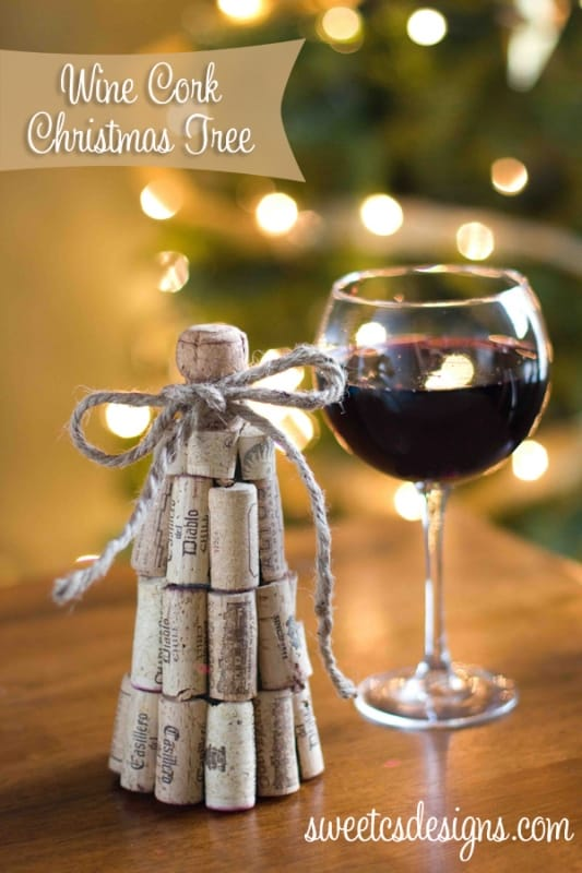 wine cork christmas tree takes only 20 minutes and so easy