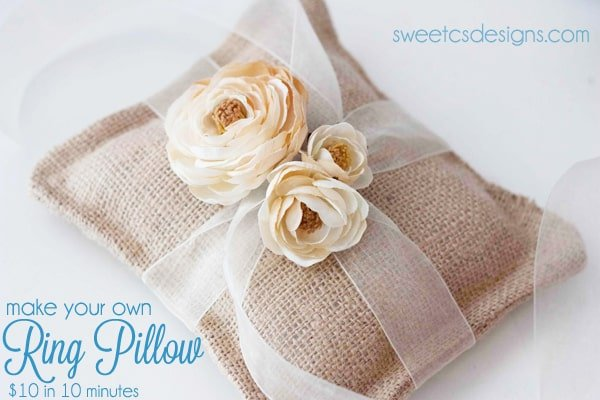 Make a burlap ring pillow