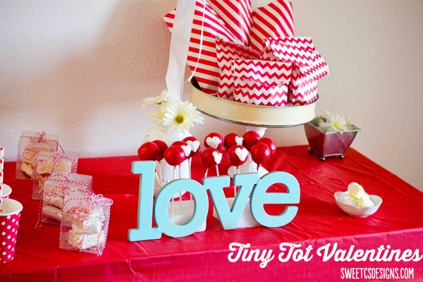 tiny tot valentines table setup