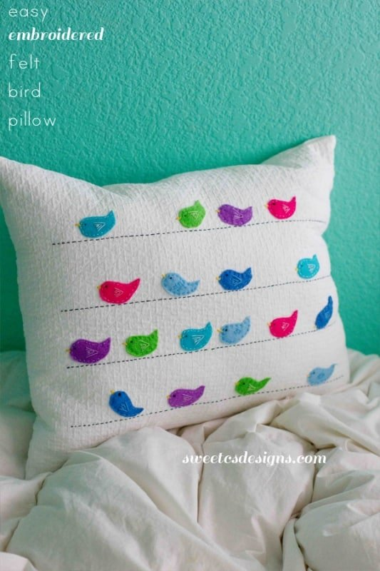 felt bird pillow- a great craft to make while watching tv