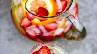 The Tastiest (& easiest) White Sangria & Virgin Sangria Recipe