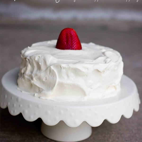 gluten free sponge cake with a fresh whipped cream topping- this is SO delicious and such an easy cake to make!