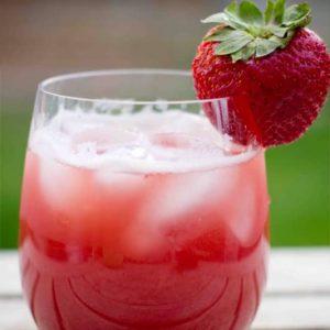 Strawberry Lemon-Limeade Spritzer