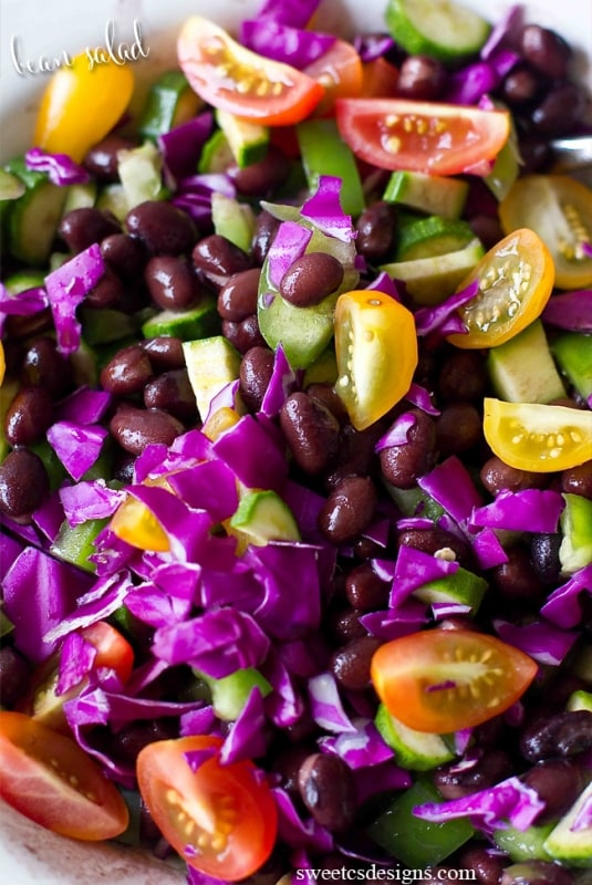 black bean salad- this is SO delicious and healthy!