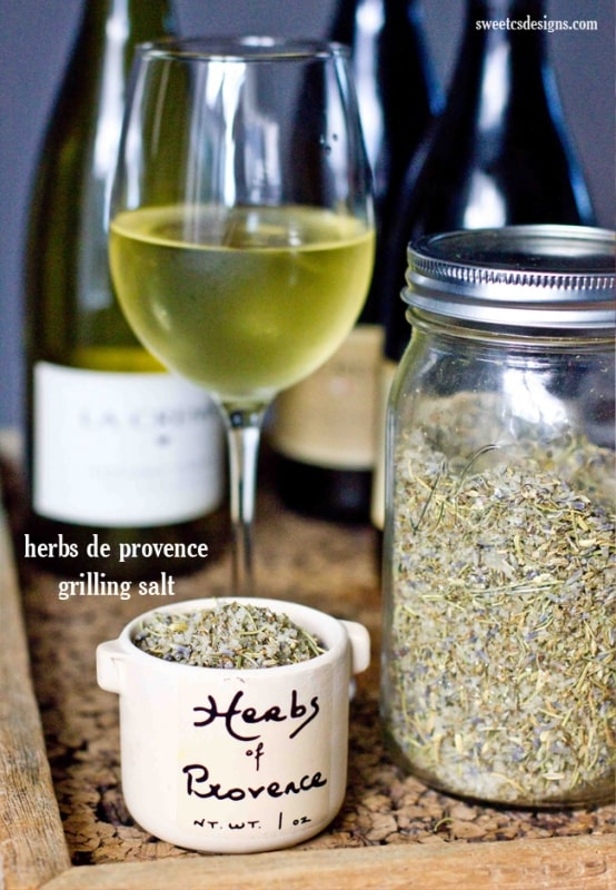 Make your own herbs de provence grilling salt- this is an awesome gift for the dad who loves to grill!