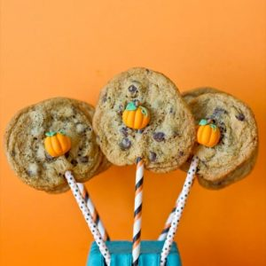 Easy Pumpkin Cookie Pops