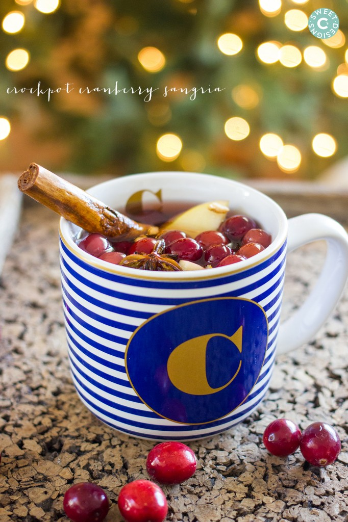 crockpot cranberry apple sangria- this is so warm, comforting and delicious!