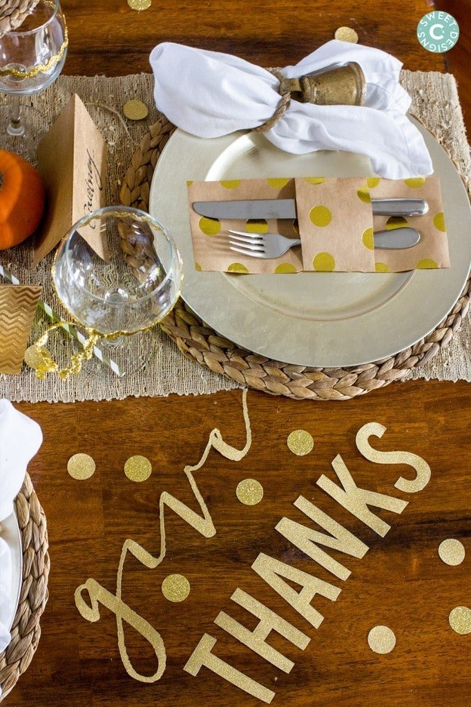 glittered and gold thanksgiving table accents- easy ways to dress up your table!