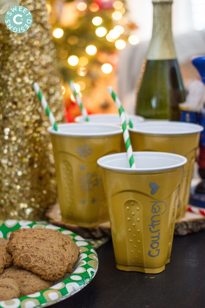 Cookies and apple cider- such a fun idea for a holiday party!