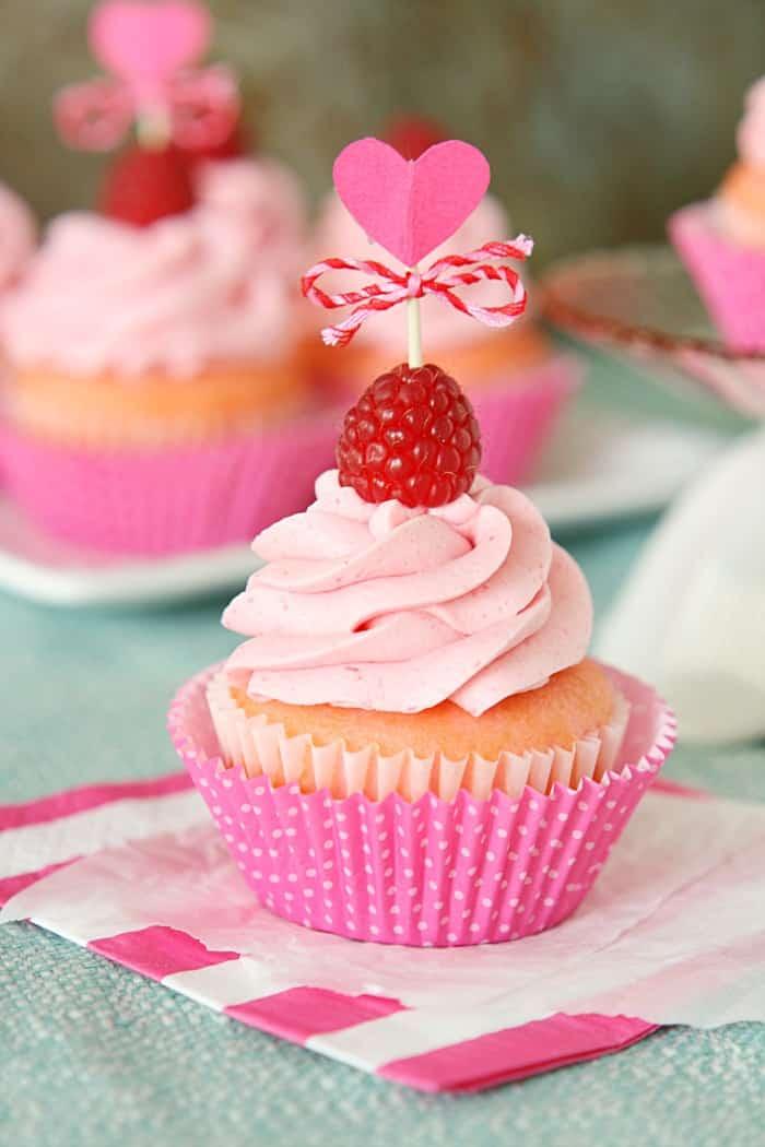 Pink-Velvet-Raspberry-Cupcakes-2