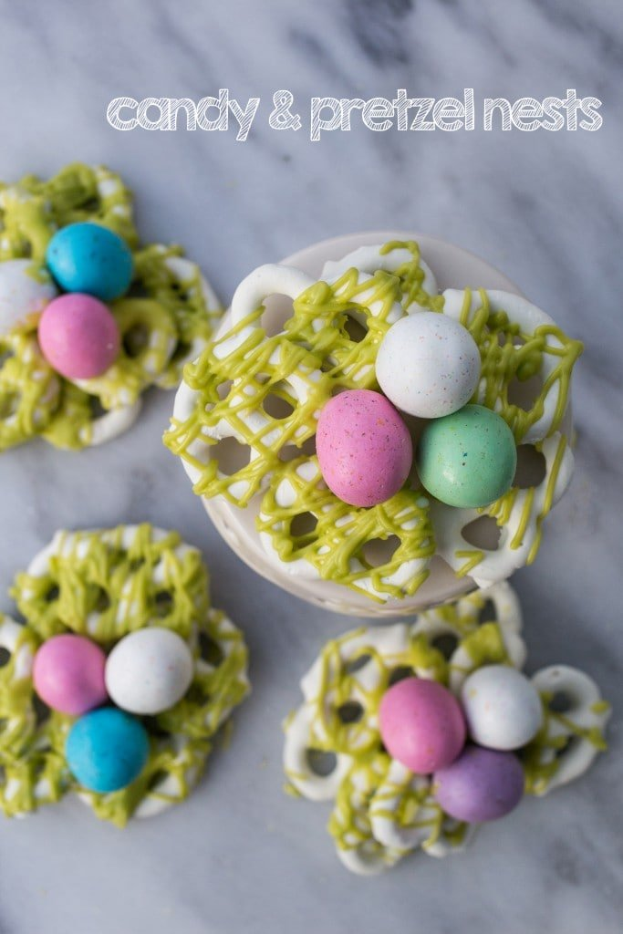 candy and pretzel nests- these cute and easy easter treats are so delicious!
