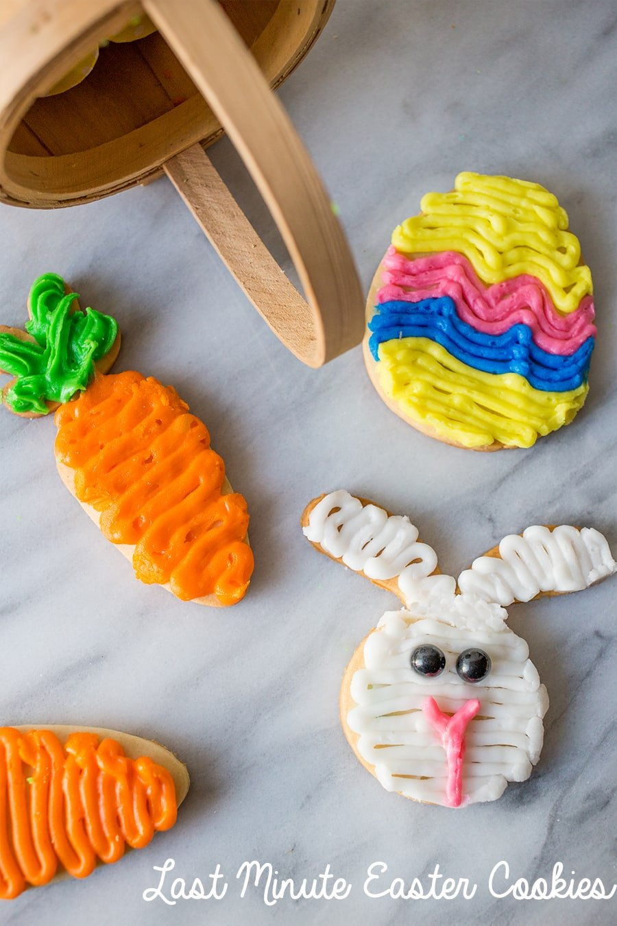 Delicious and easy last minute Easter sugar cookies - these are so good!