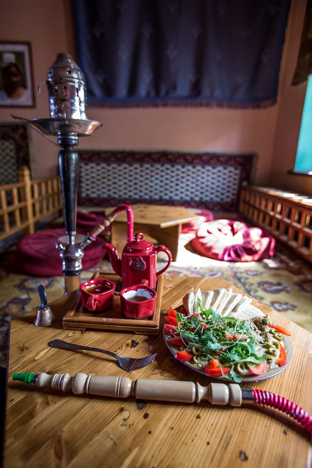 Tea and shisha, krakow