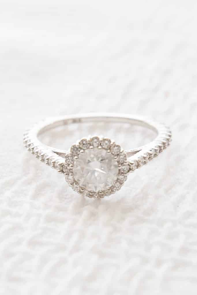 Love this ring setting!