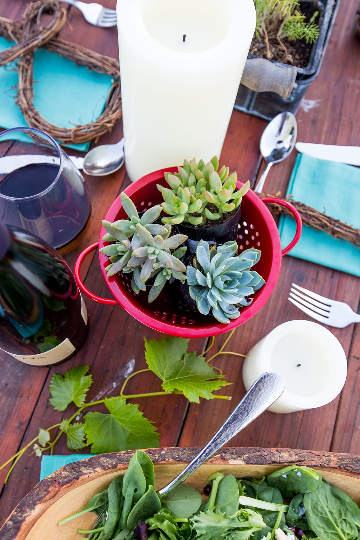 I love these fun living centerpiece ideas!
