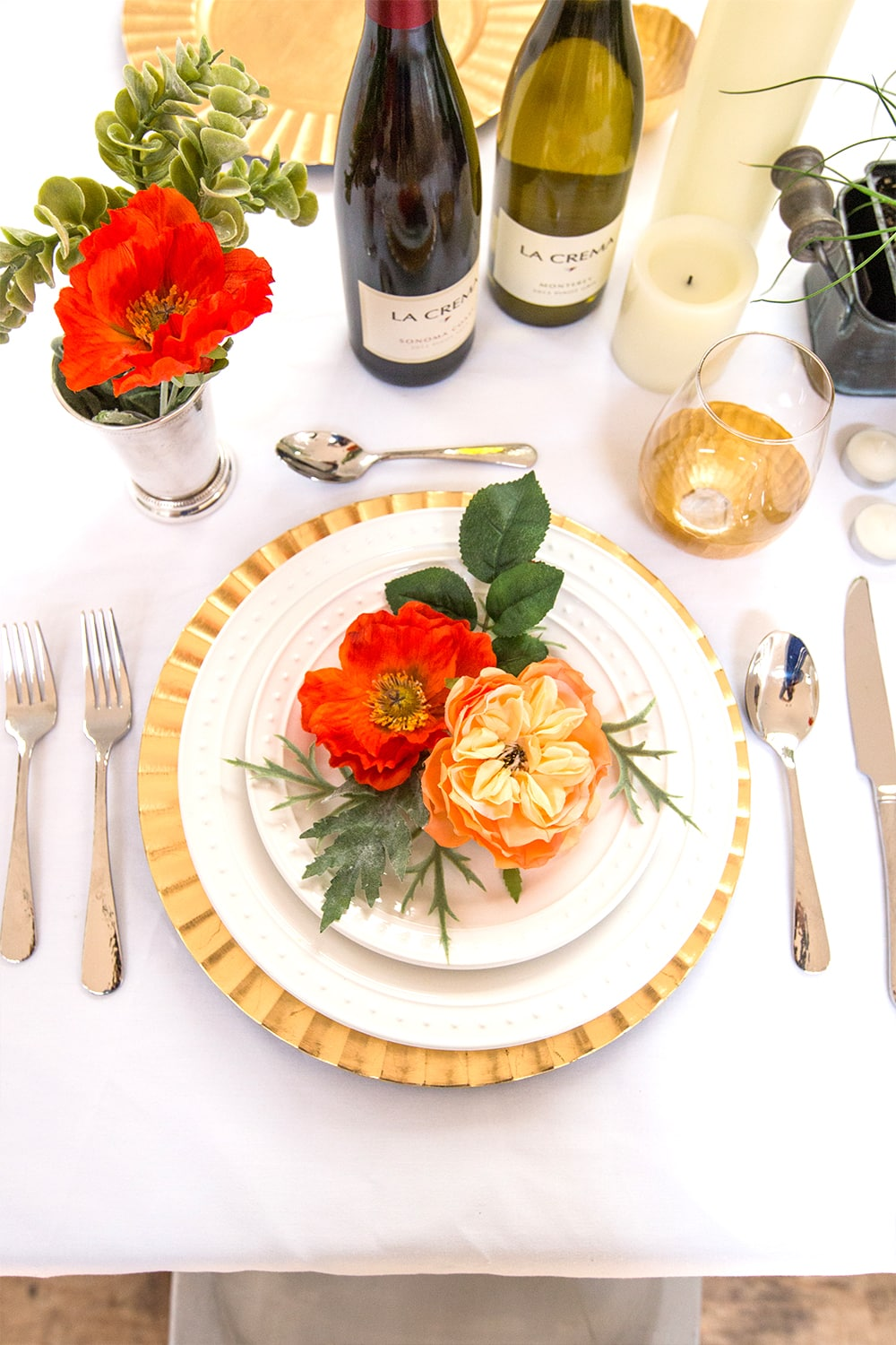 Gorgeous Everyday dinner decor- I love this for a weeknight romantic meal!