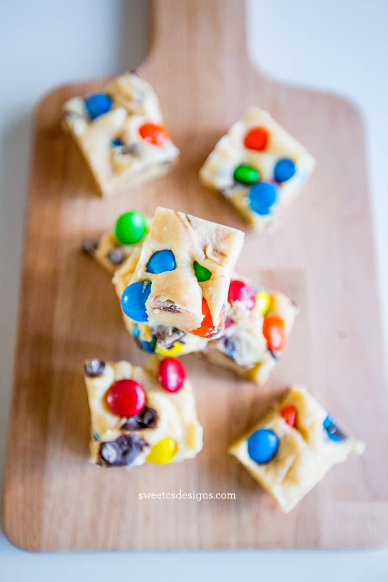 candy cookie dough fudge- delicious and easy!