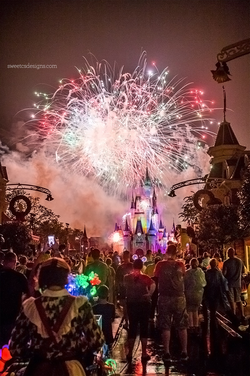 Disney World Mickey Christmas Party Fireworks Show