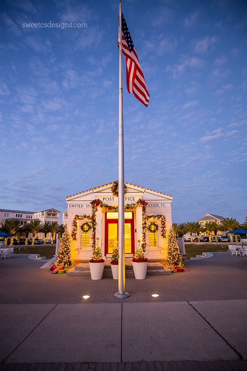 Seaside florida post office at Christmas