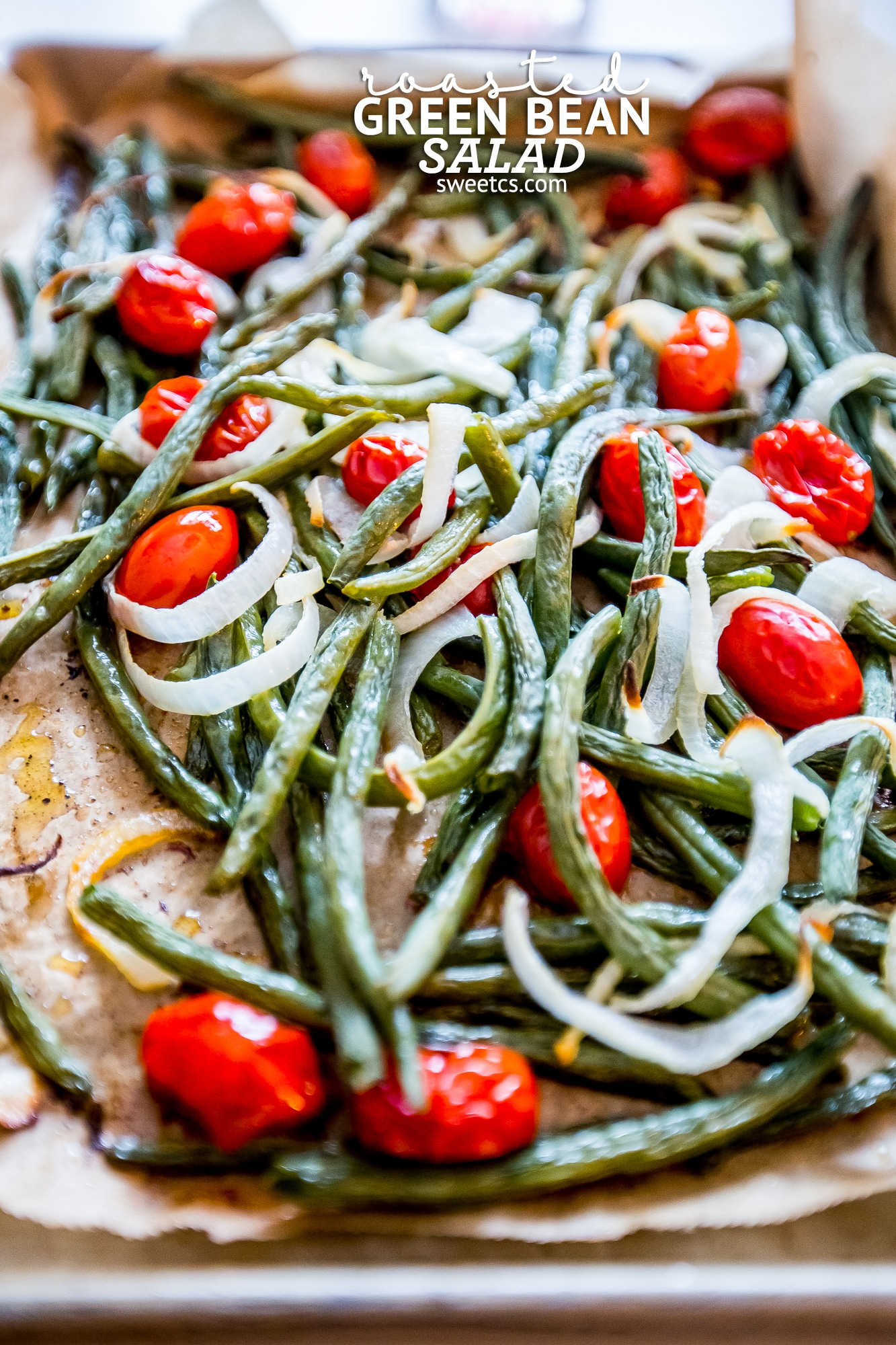 This is such a delicious and easy side dish- this roasted green bean salad is so good!