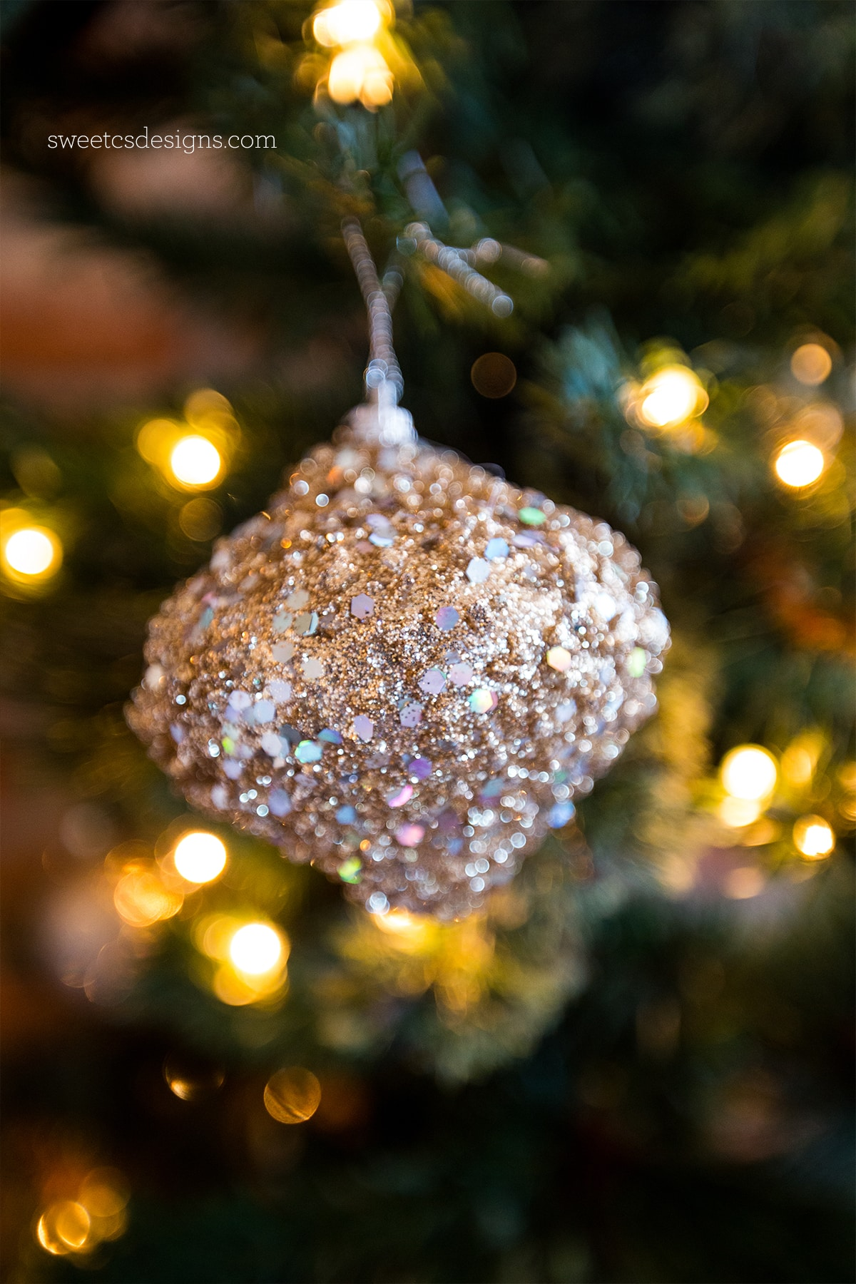 love this retro glam glass ornament from joann fabric and craft stores - Joann Fabrics Christmas Decorations