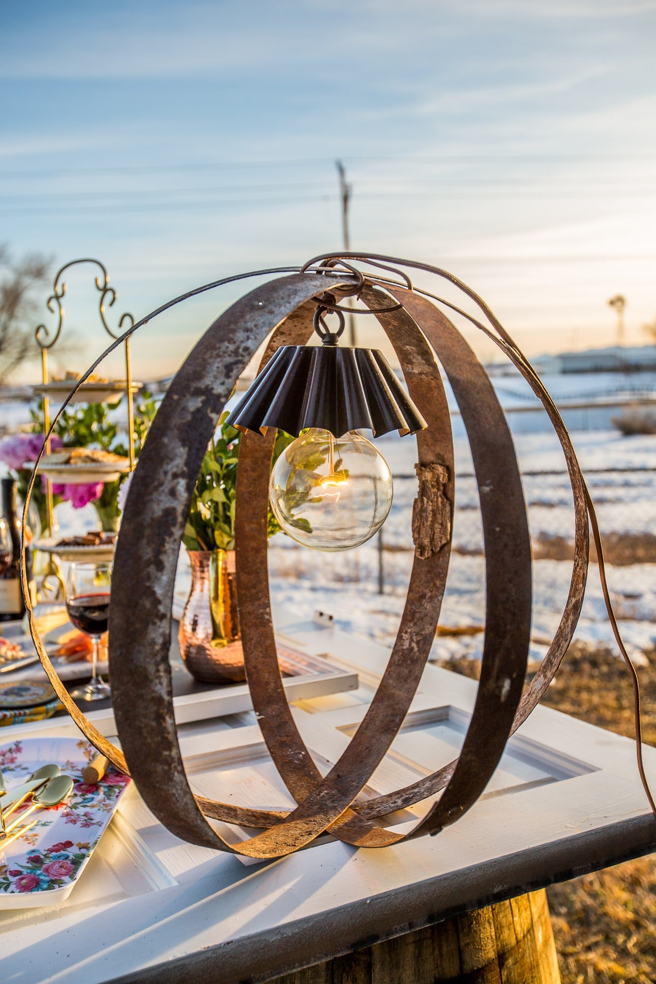 I love this rustic wine barrel ring light- no tools required!