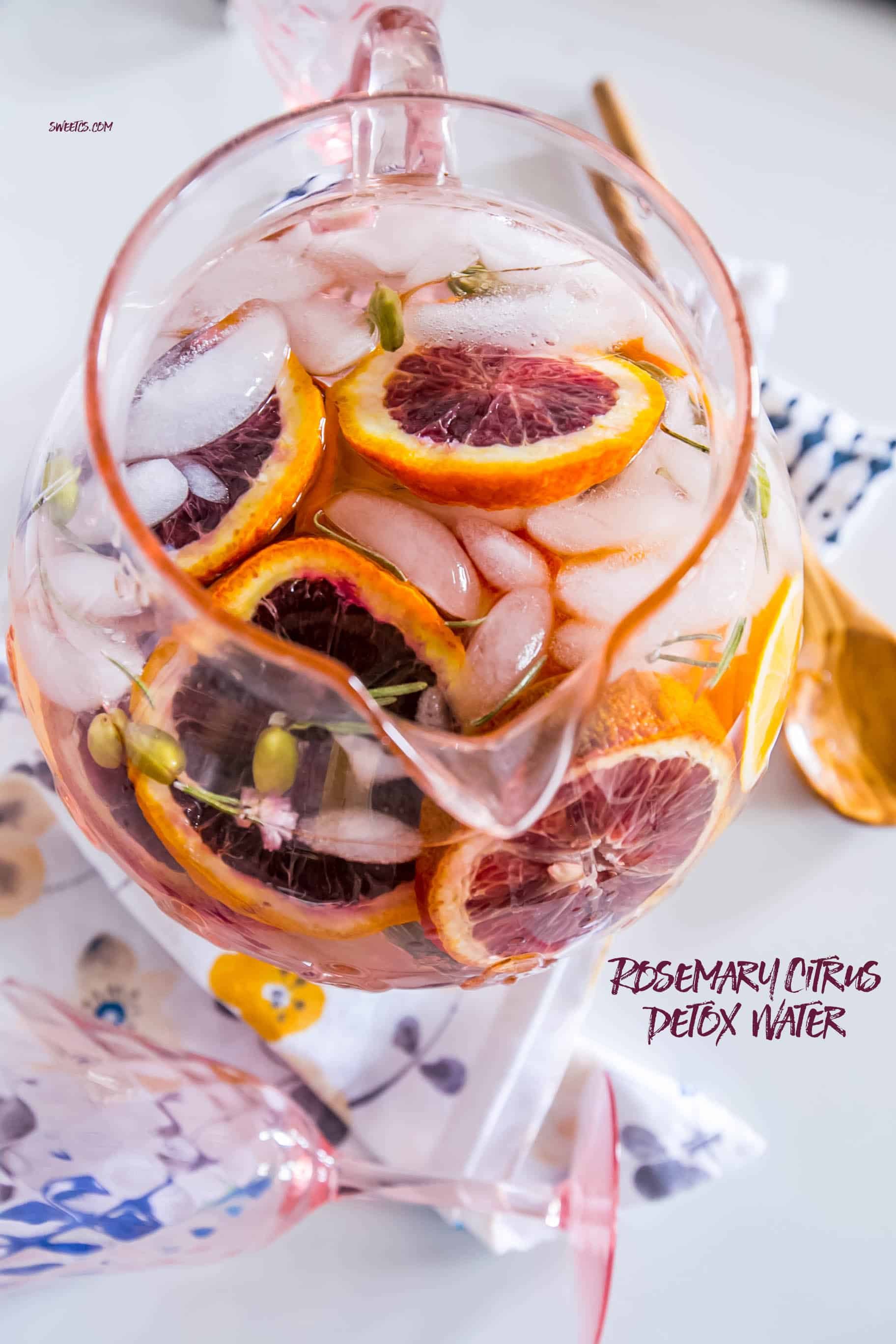 Rosemary citrus detox water- this is so delicious and refreshing!