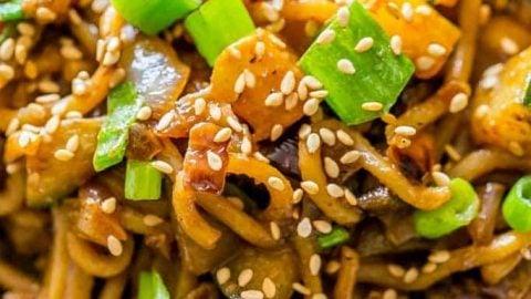 One Pot Creamy Vegan Tahini Noodles