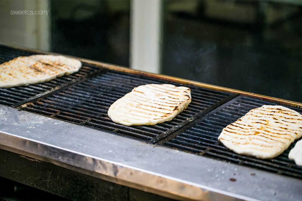 Grilled flatbread- such a fun dinner party idea!