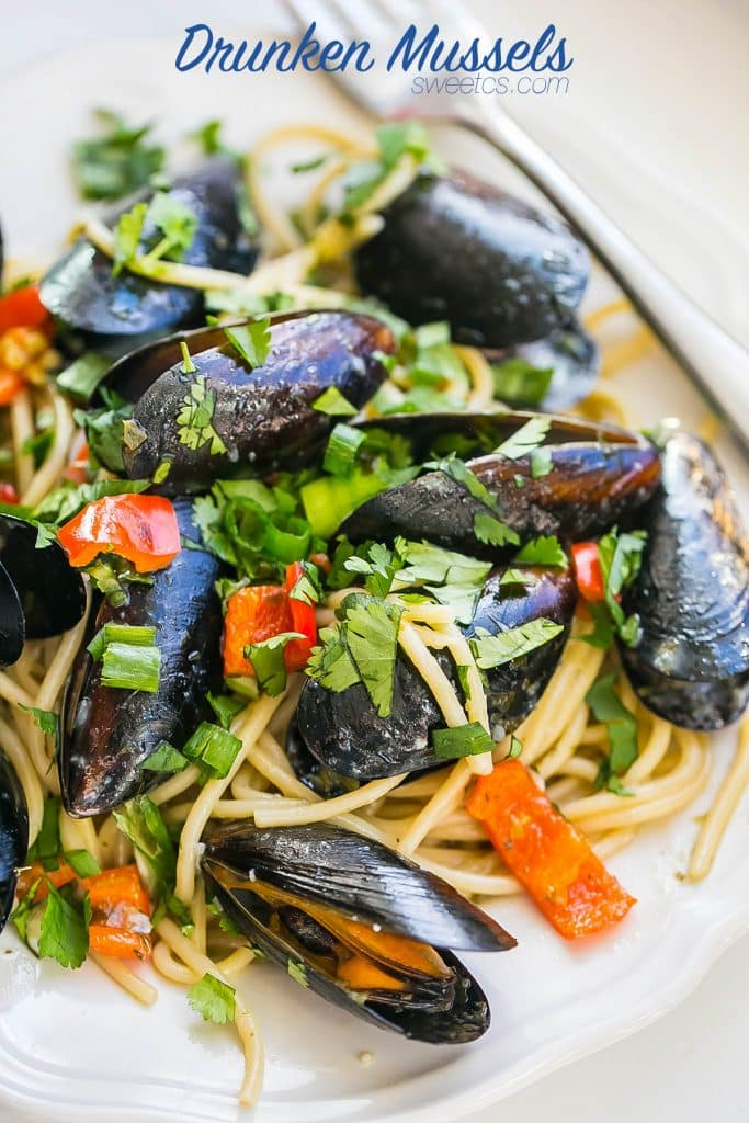 This is my favorite way to make mussels- quick and easy with tons of flavor!