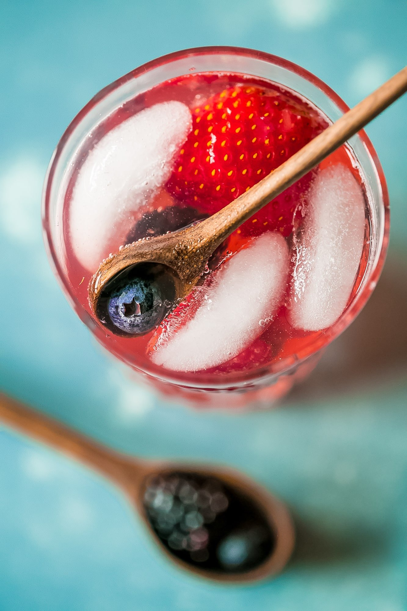 This basil lemonade is so good and filled with berries- adult and non alcoholic versions!
