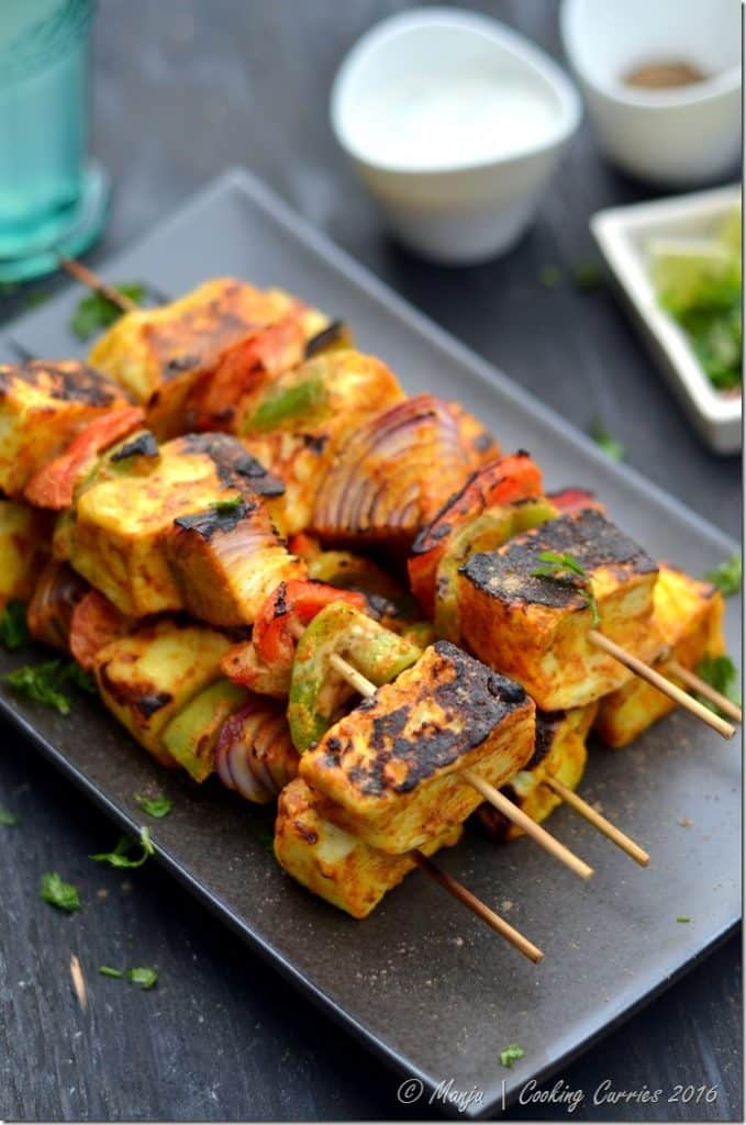 Paneer-Tikka-Grilled-Paneer-and-Vegetable-Skewers-Cooking-Curries-5_thumb.jpg