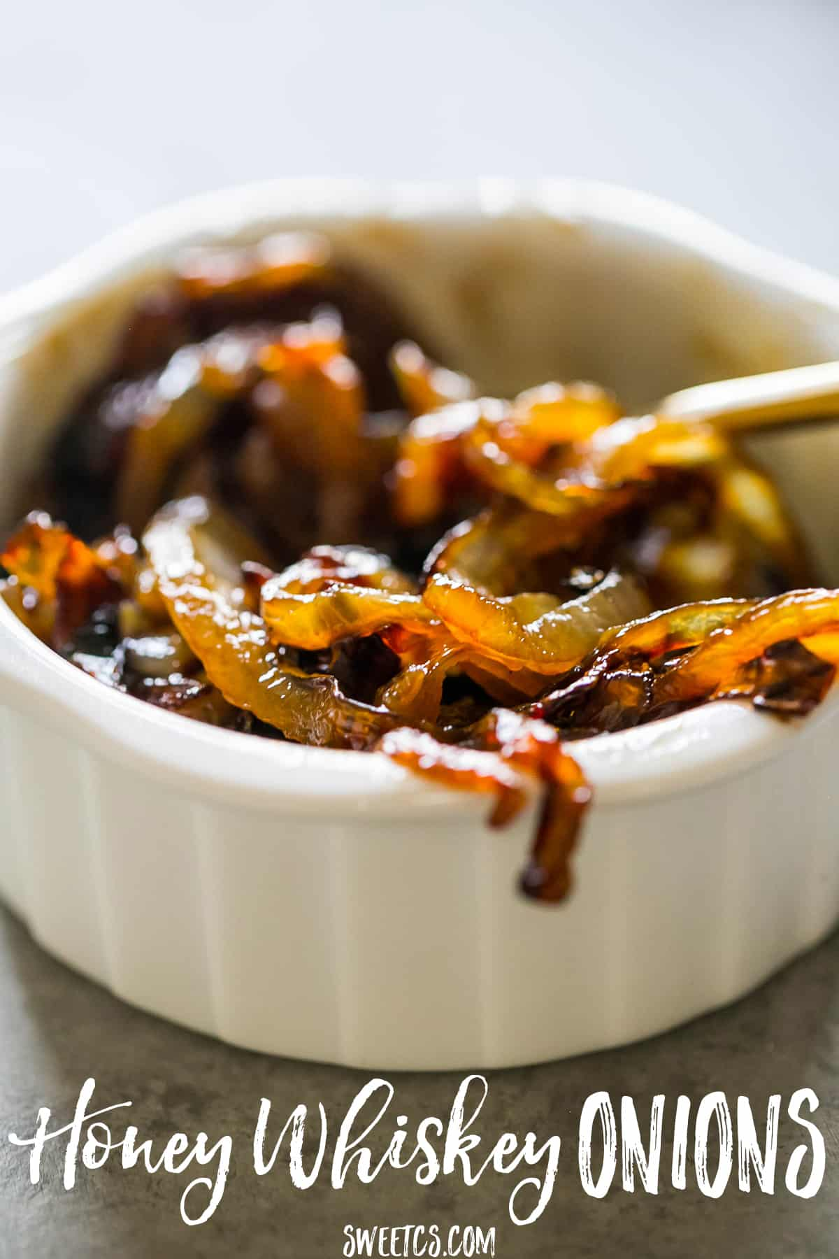 These honey whiskey caramelized onions are so delicious - perfect for burgers and sandwiches!