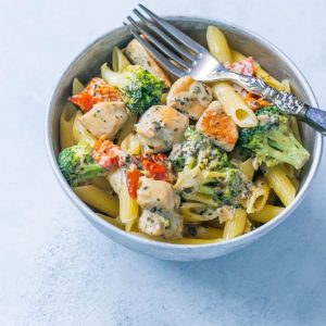 Creamy Chicken and Broccoli Alfredo meals