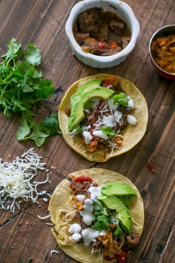 Slow Cooker Short Rib Tacos - get carnitas at home in a few simple steps!
