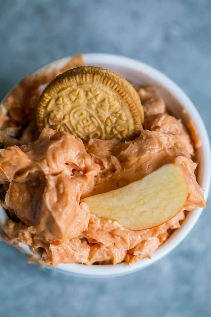 Tasty Pumpkin Spice Oreo Cheesecake Fruit Dip