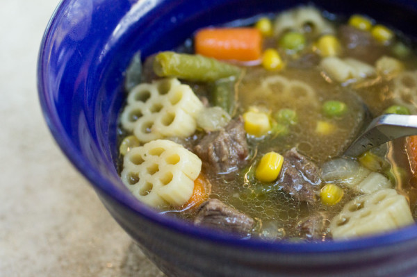 slow-cooker-vegetable-beef-noodle-10-600x399