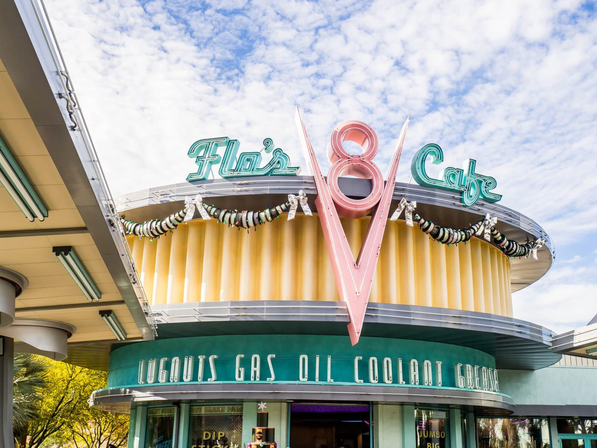 flo's v8 cafe, disneys california adventure