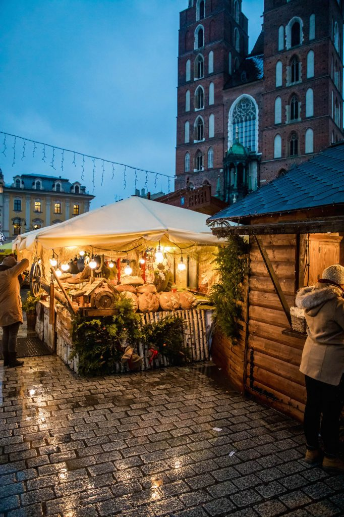 food-stalls-at-the-krakow-christmas-market