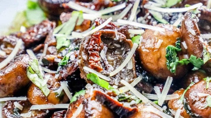 Garlic Butter Parmesan Tuscan Mushrooms