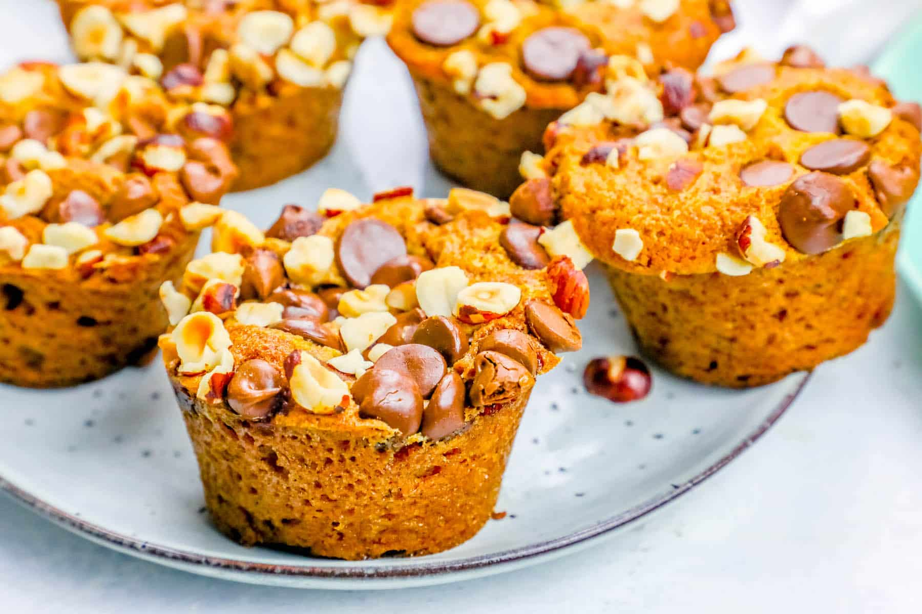 Pumpkin Spice Dump Muffins with Chocolate Chips and ...