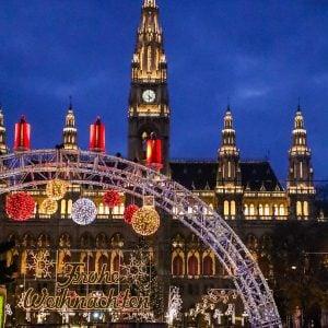 Epic Christmas Market Trip – Paris, Reims, Budapest, Bratislava, Vienna, Prague, Heidelberg, Michaelstadt