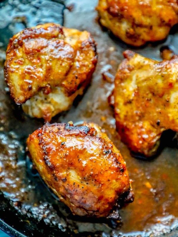 One Pot Spicy Garlic Chicken Thighs Recipe