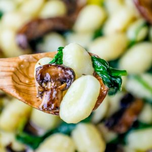 Easy One Pot Gnocchi in Spinach Mushroom Cream Sauce Recipe