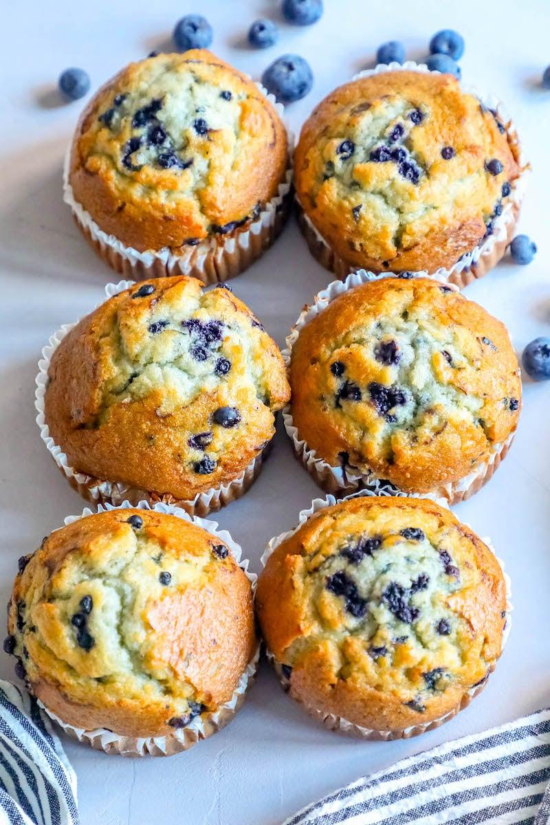The Best Easy Jumbo Blueberry Muffins Recipe