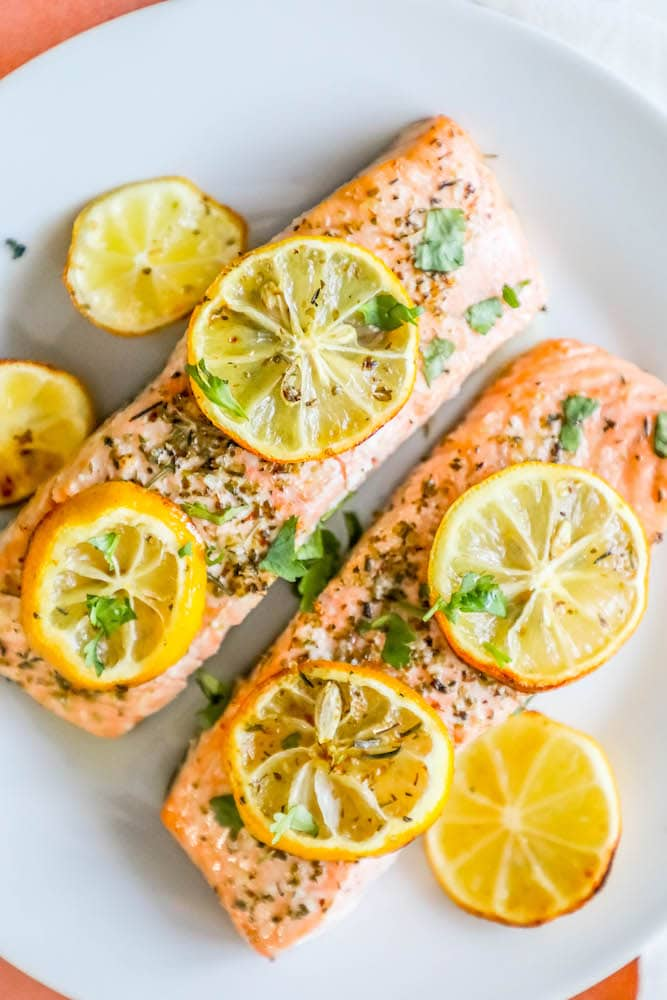 Easy Air Fryer Lemon Garlic Salmon Recipe