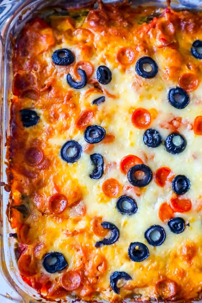 Easy Keto Cheesy Pizza Casserole Recipe