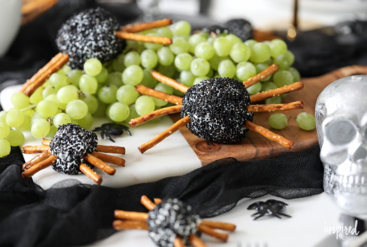 Spider Cheeseballs for Halloween
